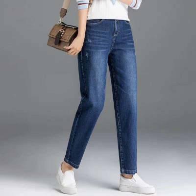 广西的牛仔批发市场 ***畅销韩版牛仔短裤批发 几块钱的牛仔裤供应