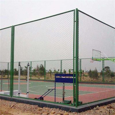 厂家定做体育场勾花网 篮球场安全防护网 浸塑围栏网