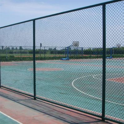 运动场围栏网 镀锌丝护栏网批发 高速路防护网