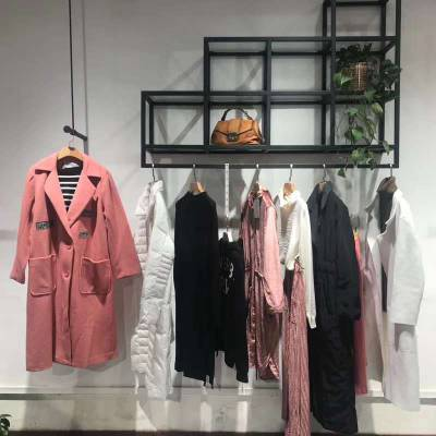 莫妮卡正品大衣新款宽松舒适蕾丝拼接圆领花朵刺绣套头卫衣女