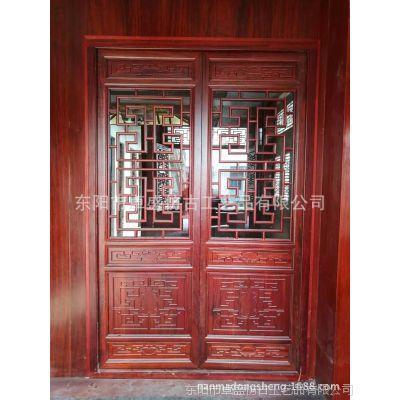 厂家定制仿古门窗客厅背景墙装饰实木雕刻楼阁亭榭花格木门批发