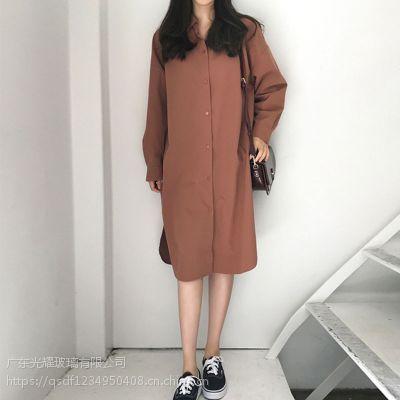 佳人苑工厂服装尾货批发 杭州地区女装品牌折扣批发尾货红色半身裙