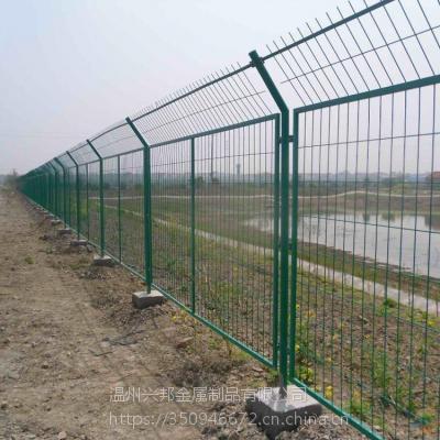 园林绿化双边丝护栏高速公路防撞隔离护栏网低碳钢丝围网现货