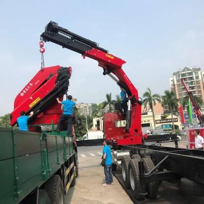 山东济宁 折臂吊车图片大全 20吨折臂吊