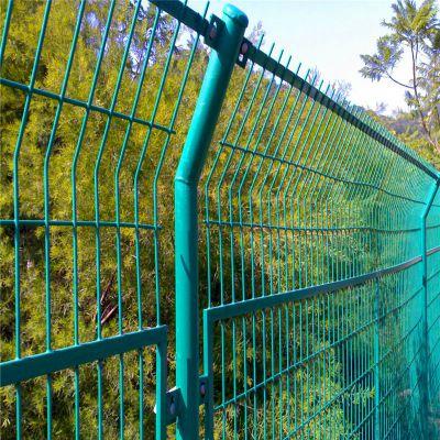 停车场防护栏 公园防护围网 铁丝网加工
