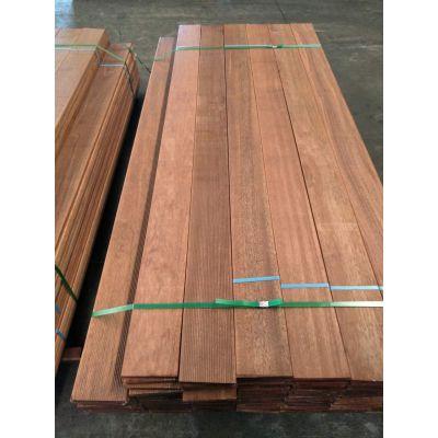 威海柳桉木户外花架定制板材经销商