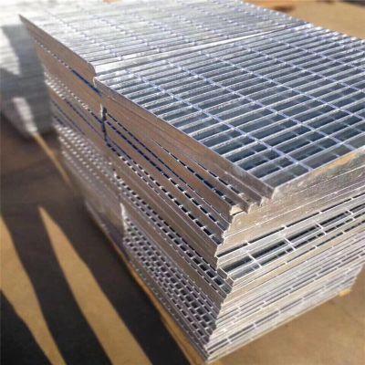 插接钢格板规格 不锈钢钢格板 楼梯踏步板厂家