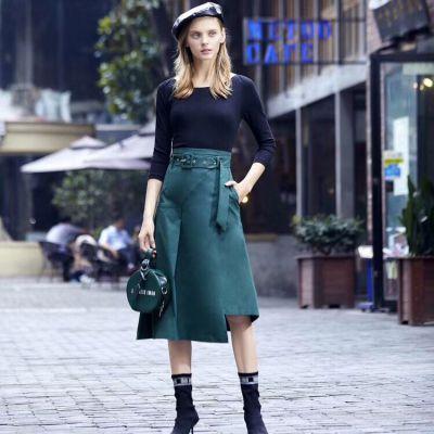 拉夏贝尔2019秋装 绿色连衣裙 品牌折扣女装货源 服装批发市场 多种款式