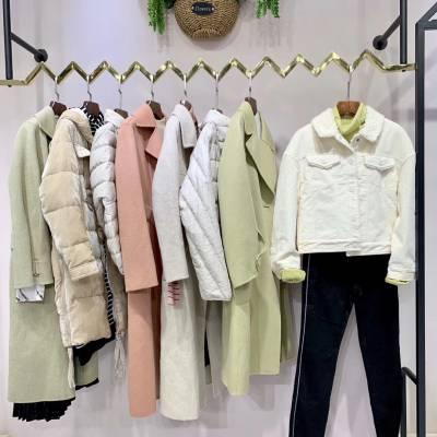 19年一线大牌女装城市衣柜上新,年轻多款多色,时尚简约走俏货品 多种风格