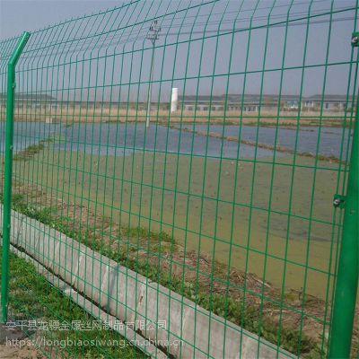 安平护栏网厂家 桃型柱围栏 绿色安全防护网