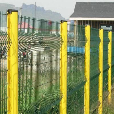 别墅花园护栏网 广西桃型柱护栏网 5.0mm粗三折弯护栏网