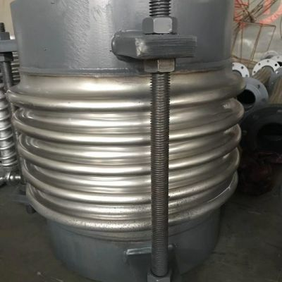 316L不锈钢波纹补偿器生产厂家