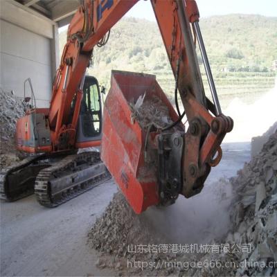 肥料破碎筛斗结块土壤饲料分离破碎筛卡特挖机