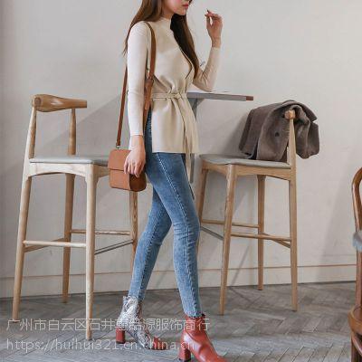 华丹尼品牌折扣女装小份大份折扣女装 外套尾货批发黄色羽绒服