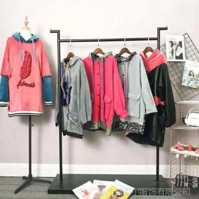 女装品牌折扣店加盟C.*E亮片款卫衣货源哪里找到广州雪莱尔