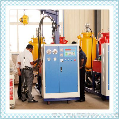聚氨酯预制保温管发泡机器 预制保温管道设备 聚氨酯浇注设备价格
