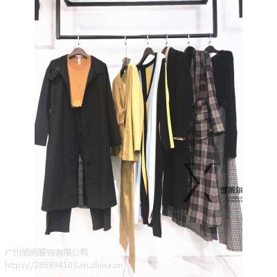 昆明品牌女装折扣店一琢春款大衣服装批发市场