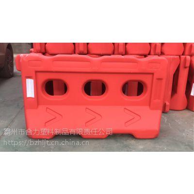 高价回收石家庄高速水马 塑料水马 高速路障 厂家回收