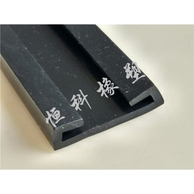 供应抗震支架用u型橡胶包边条 u型防撞护边密封条