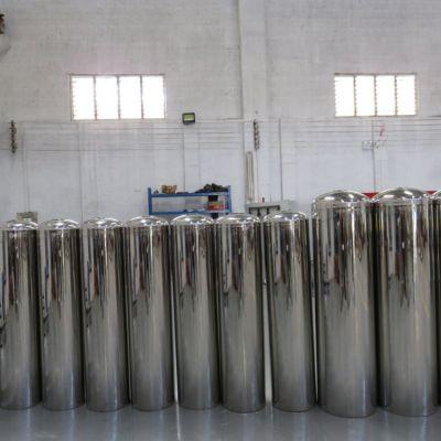 供应郑州上街区地表水除砂除泥过滤罐 广旗304中央净水器