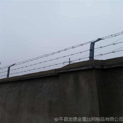 内蒙古金属刺丝 防护刺丝滚笼厂家 刺绳围栏网