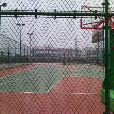 【优质】体育场围栏-勾花网围网-体育场围栏厂家