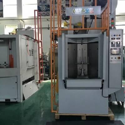 通讯器材表面处理喷砂机_通讯器械自动喷砂机_华为通讯器材喷砂机