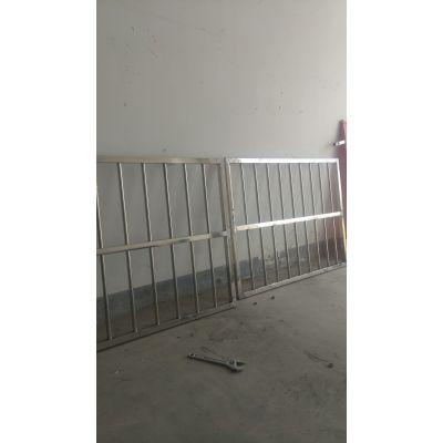 长清区不锈钢防盗窗,防护栏,宣传栏专业制作安装