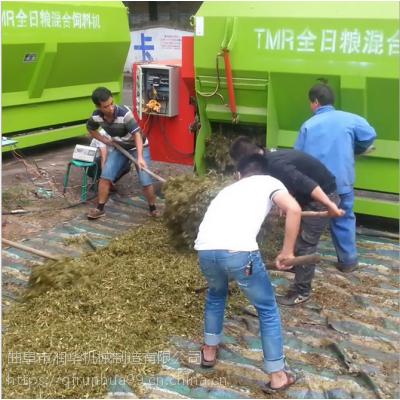 定制不同容量搅拌机 牛羊驴草粮拌料机 润华TMR粉碎搅拌机