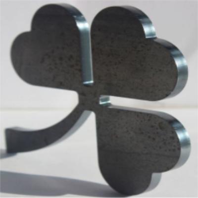进口激光器激光切割机 激光切割设备维护