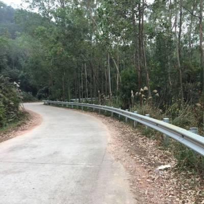 双波隔离栏现货 中山喷涂围栏网 工地护栏