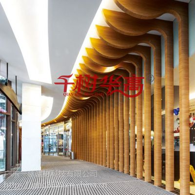 幕墙吊顶方管 广东氟碳铝方通格栅弧形 波浪方条不规则U型槽