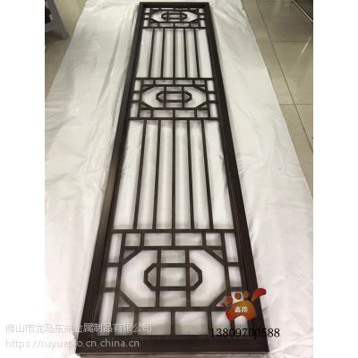 湖北纳米喷涂发黑红古铜铝板镂空雕刻屏风 新中式轻奢风格