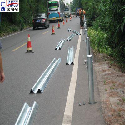 保山高速公路护栏 波形护栏供应商直销