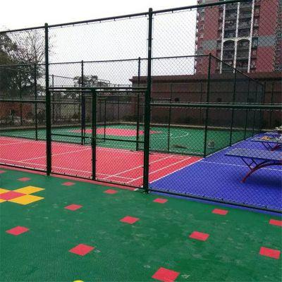 球场护栏围网 篮球场地围网 体育场勾花护栏安装