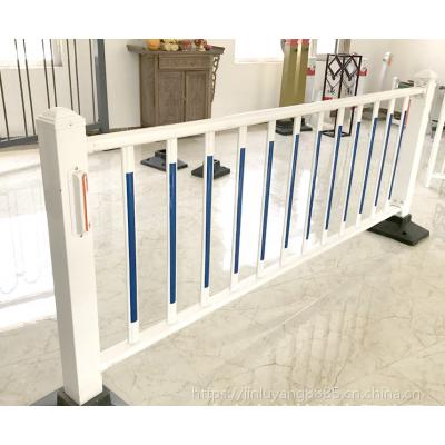 交通护栏生产厂家 北京道路护栏 丰台市政隔离栏