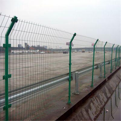 双边护栏网 三角折弯护栏 铁丝网围栏