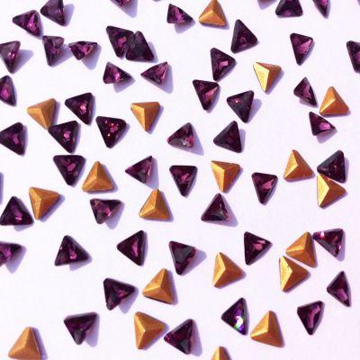 厂家热销4mm三角深紫异形钻k9玻璃水晶钻 高档钟表眼镜项链饰品配件