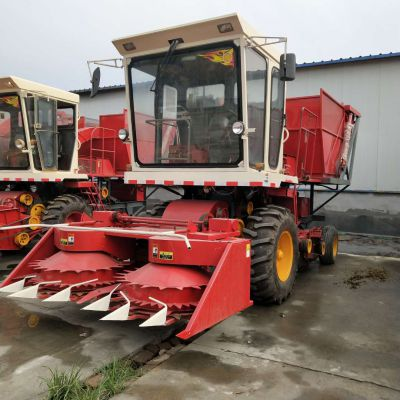 厂家直销大型玉米联合收割机 牧草粉碎揉丝机 玉米秸秆青储机