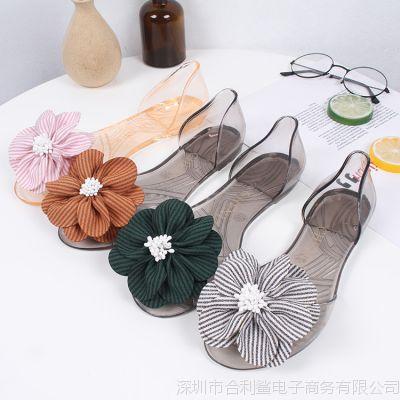 2018夏新款时尚舒适竖条花朵水晶透明平底鞋女休闲鞋露趾平底凉鞋