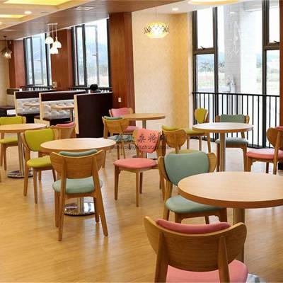 北欧风格甜品奶茶店桌椅定制案例