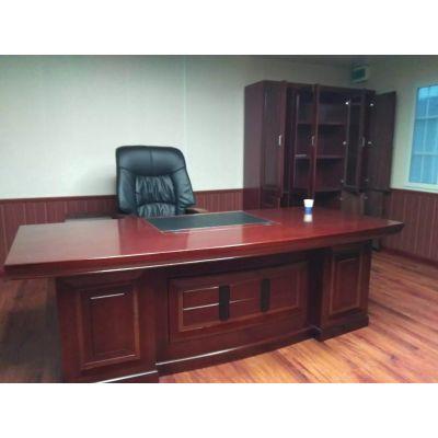 订制各类办公桌会议桌老板桌等员工工作位