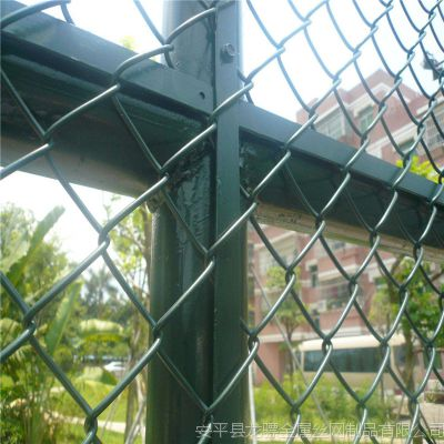 武汉球场围栏 场地围栏网价格 露台隔离网