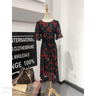 武汉品牌女人屋夏装 折扣女装一手货源批发 厂家直销走份