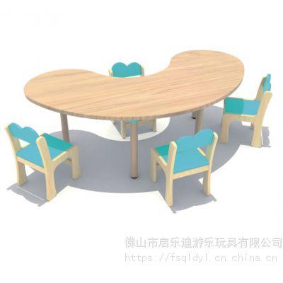 广州新款幼儿园木质儿童学习桌 佛山实木双层六人桌 樟子松课桌椅