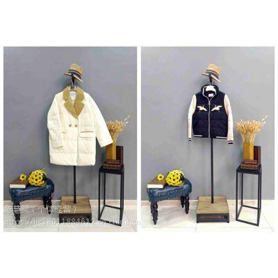 北京原创设计师羽绒服品牌雪罗拉18冬装折扣女装一手货源