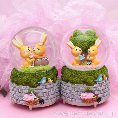 情人节礼品卡通田园兔旋转带灯飘雪水晶球音乐盒八音盒生日礼物