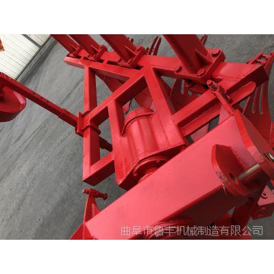 河南省濮阳市液压翻转犁工作视频 农用多铧翻地机厂家