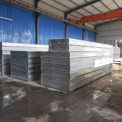 山东宏晟钢桁架轻型复合网架板性能特点
