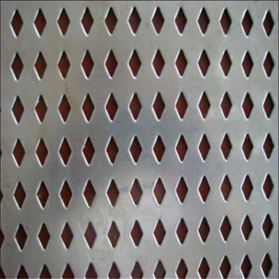 镀锌板冲孔菱形孔机械防护板 菱形孔洞洞板装饰板 穿孔板过滤网 打孔板屏蔽网